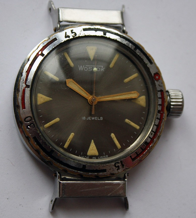 Soviet Vintage Vostok 2209 Amphibian Diver Mechanical Military Watch USSR