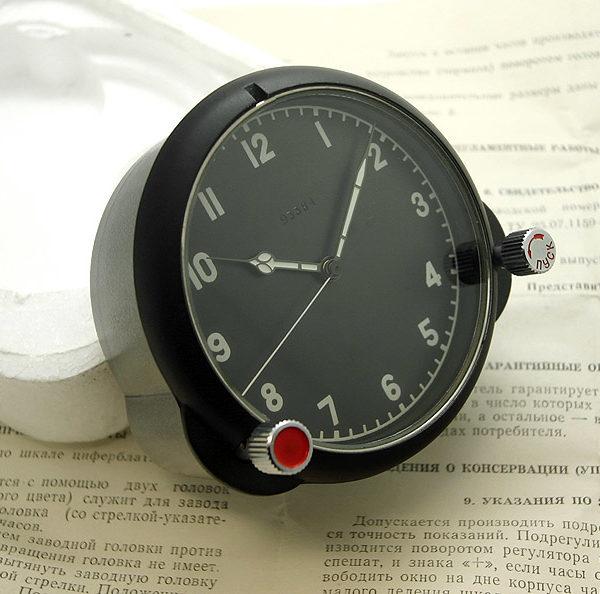 aircraft_clock_122-chs_3
