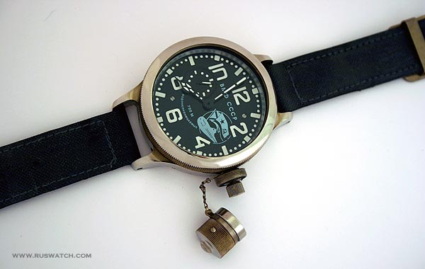 diver_submarine_side_second_hand3