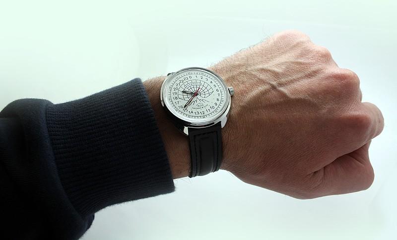 Russian 24-hour watch POLAR Raketa (white, luminescent)