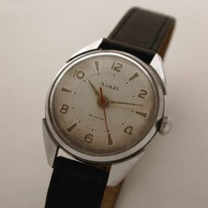 Russian mechanical watch ALMAZ Vostok USSR 1959