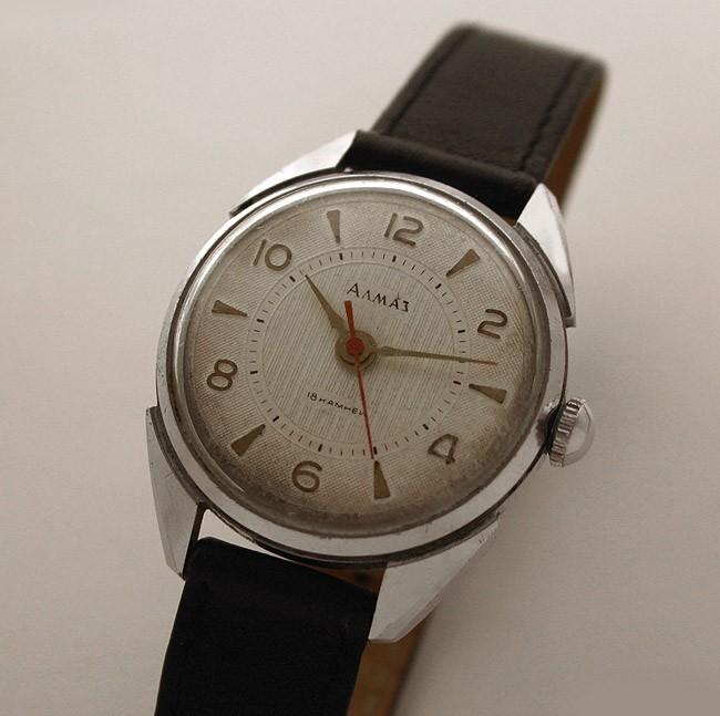 Russian mechanical watch ALMAZ Vostok USSR 1959