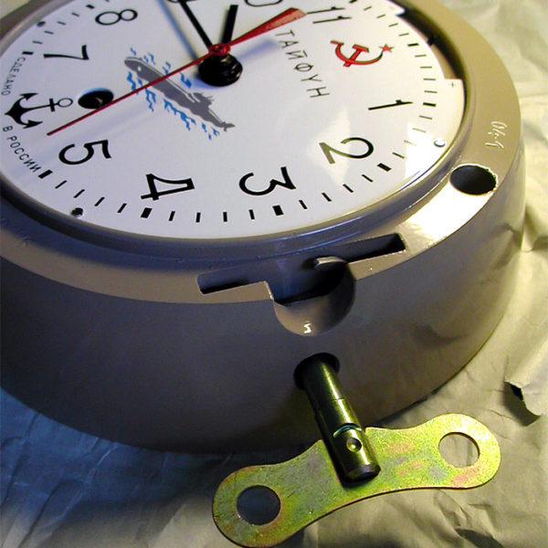 vostok_ship_clock_5-chm_submarine_typhoon3