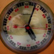 yantar_desk_clock2