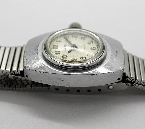 zarja_amphibian_diver_watch2