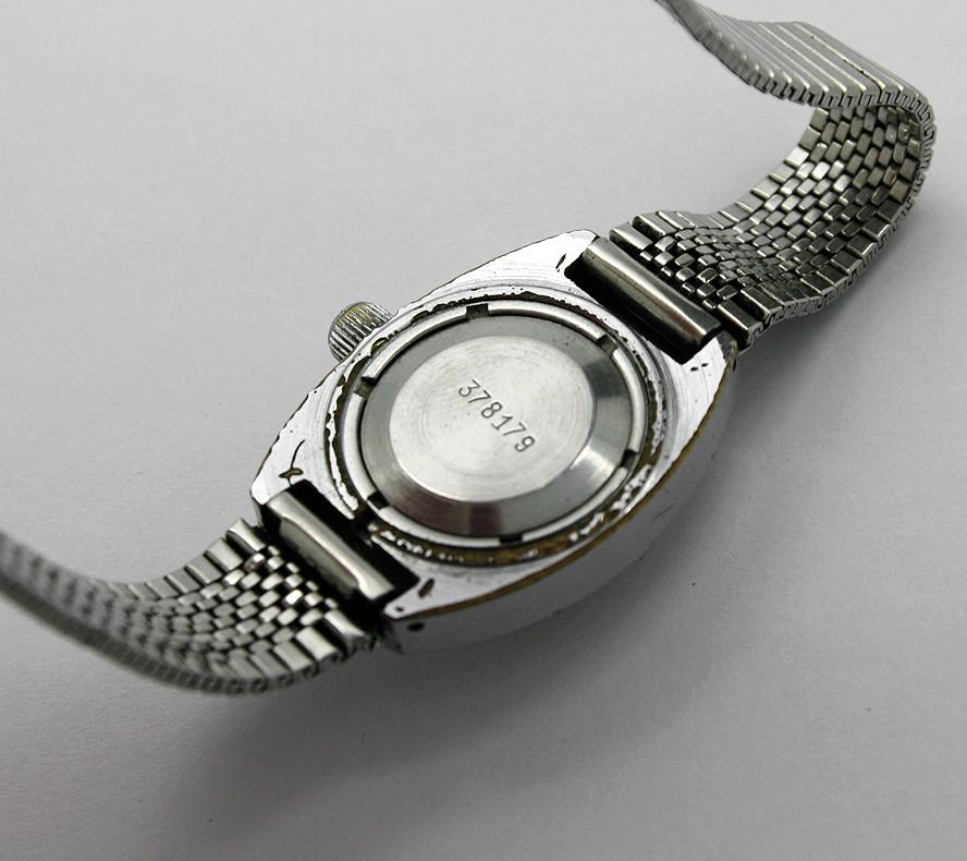 zarja_amphibian_diver_watch5