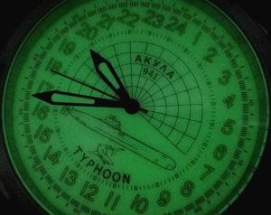 Russian 24-Hour Watch Submarine AKULA (Typhoon) Luminous 51 mm