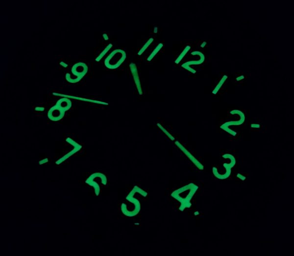 Military Tracked Vehicle 9-Day Clock 127 ChS
